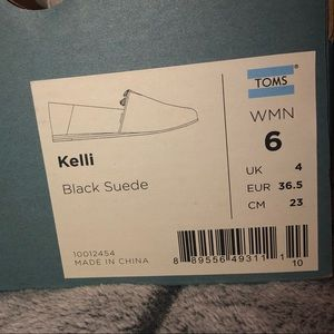TOMS Women's Kelli Black Suede Flats
